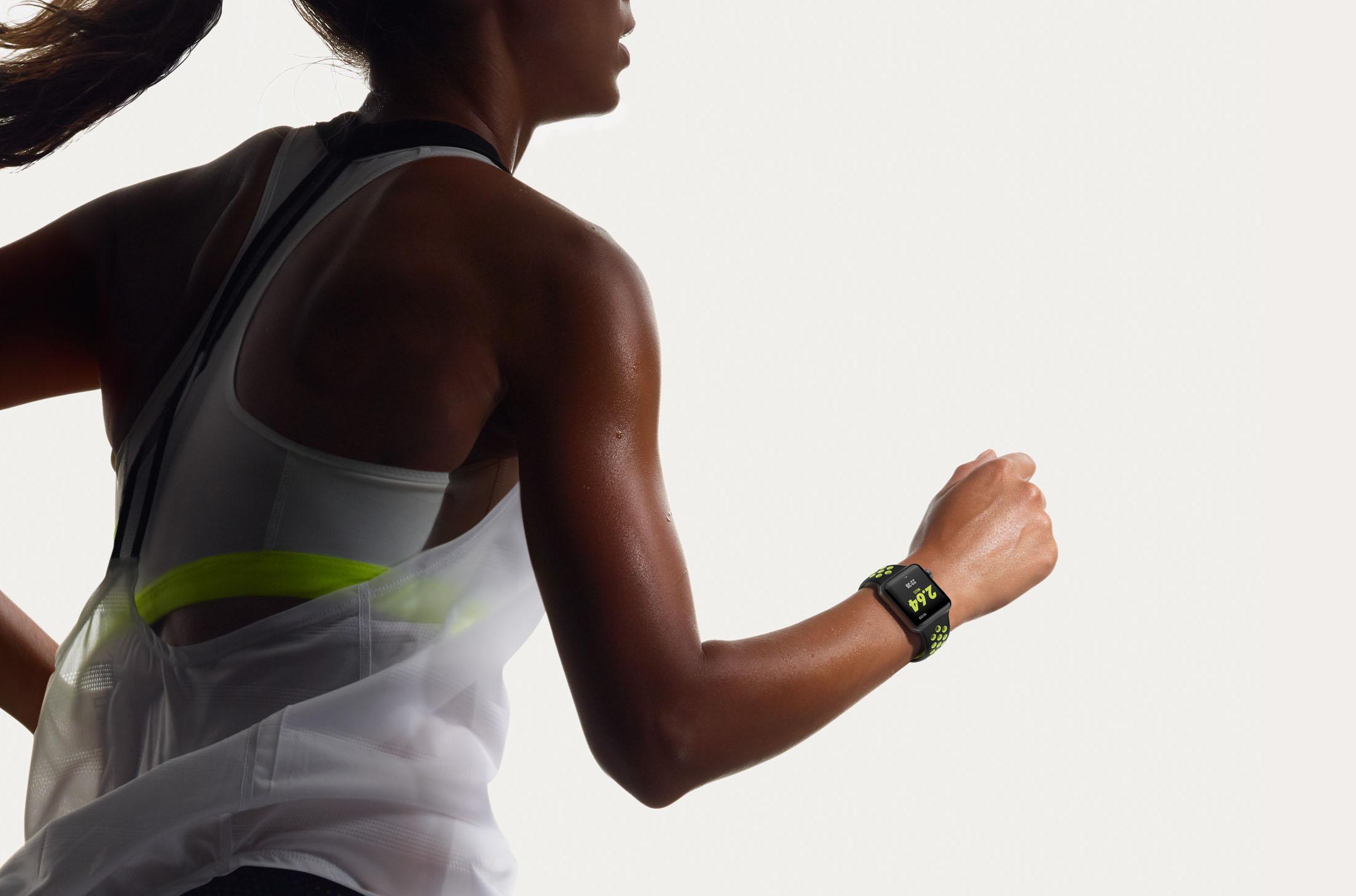 Выбираем умные часы для спорта. ТОП-10 лучших моделей в 2019 году